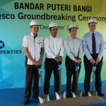 Officiating the groundbreaking ceremony (From left): IOI Properties Group Bhd COO Teh Chin Guan, Tesco Malaysia property and mall director Jason Chong, IOI Properties Group Bhd CEO Lee Yeow Seng and Tesco Malaysia retail operations director Ian Kent.
