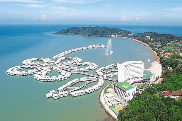 Pd resort the world s largest water home development - The star shaped villa ...