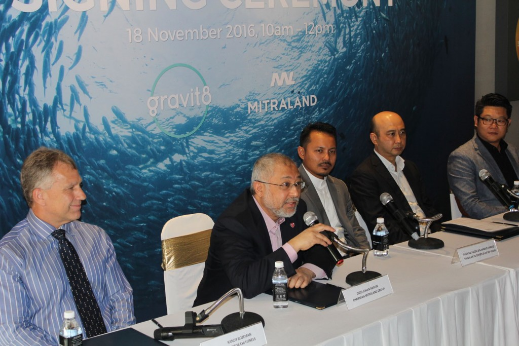 From Left: Dato Johan Ariffin, Chairman of Mitraland Group answering questions from the media.