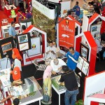 The public gathering around the various booths showcasing the real estate collection of PKNS.