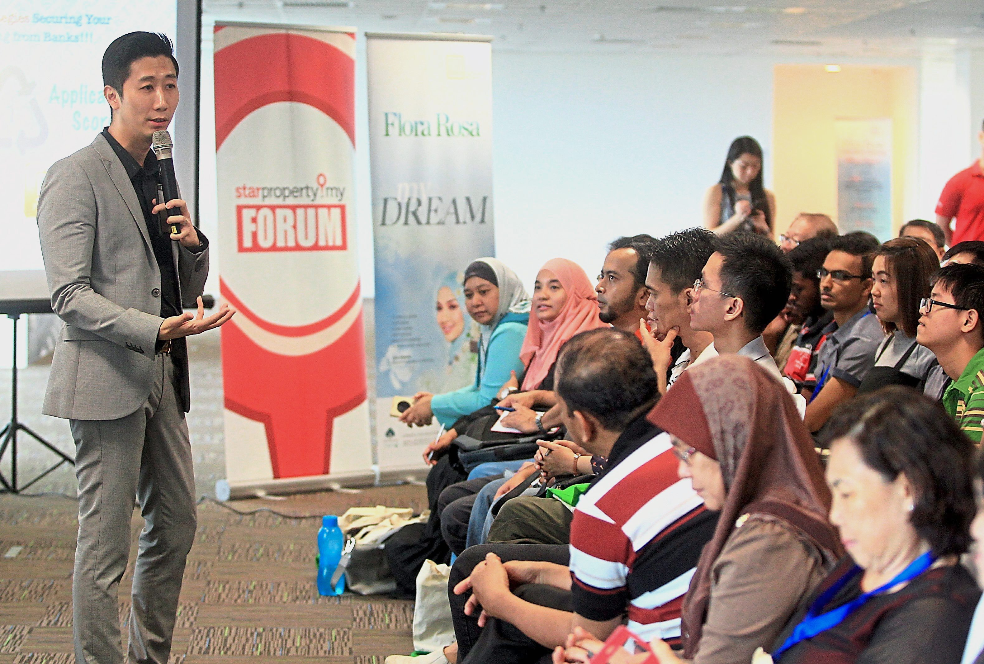 Smart Financing Co. chief executive officer Gary Chua shares his strategies on securing a loan with the participants.