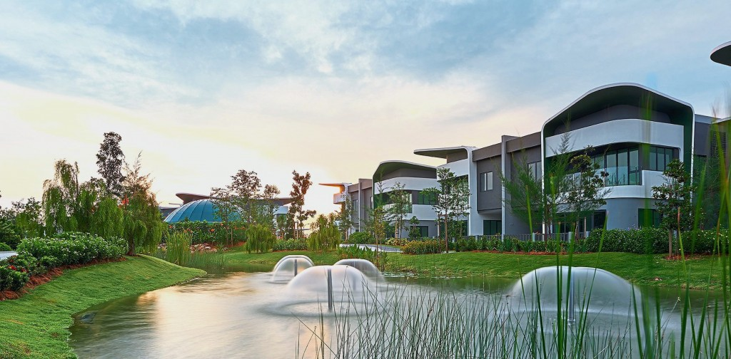 The Lepironia Gardens are created to enhance the sense of peace, calm and tranquility in Setia Eco Glades.