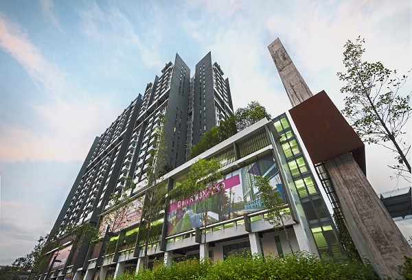 The biophilic design reconnects the high rise urbanites with nature.