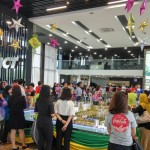 Families indulge in good food and entertainment during the MCT Raya celebration.