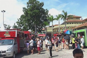A food truck fiesta was one of the activities co-organised by Bura at the Bandar Utama community centre in BU3.