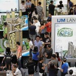 Big pull: Visitors taking a look at IJM Land's projects during the StarProperty.my Fair 2017 at Gurney Plaza in Penang.