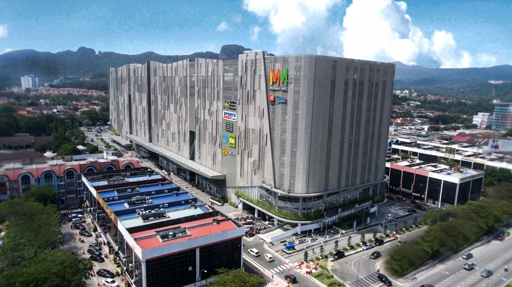 Melawati Mall presents eight retail floors with over 250 shops across a net lettable area of 620,000 sq ft.
