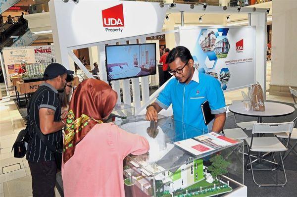 UDA Land (South) Sdn Bhd booth.