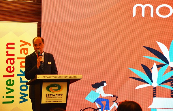 Datuk Wong Tuck Wai, COO of SP Setia, addressing the crowd at the launch.