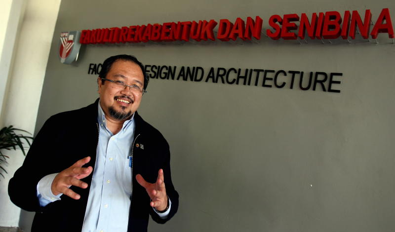 Dean of Faculty of Design and Architecture UPM Dr. Osman Mohd Tahir