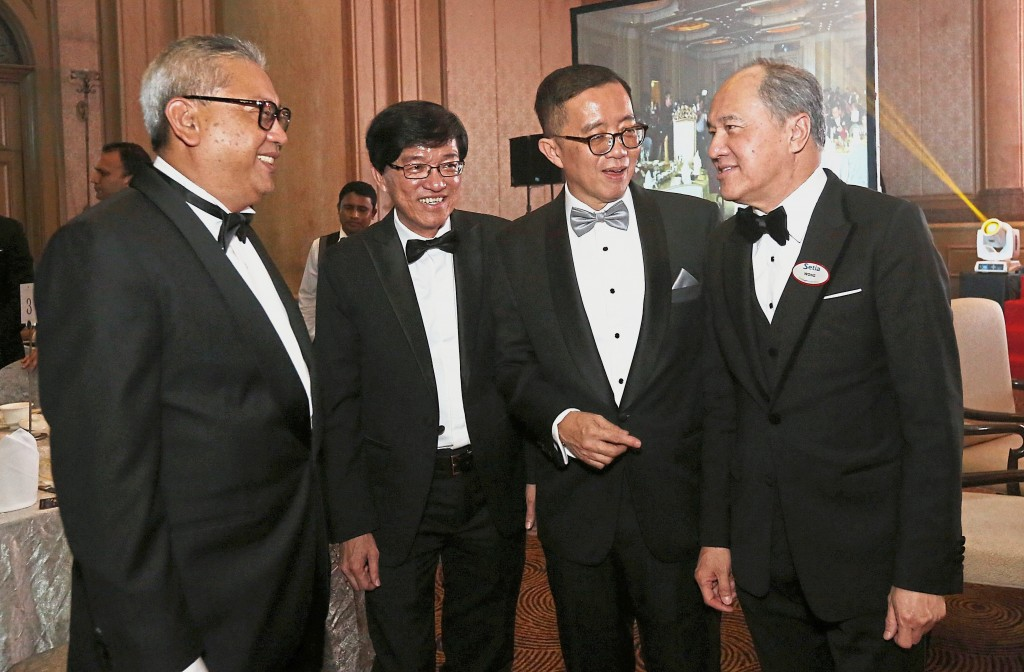 Catching up with old friends: (from left) Wan Hashimi Albakri W.A.A Jaffri, Ho Hon Sang, Soam Heng Choon and Wong Tuck Wai at the StarProperty.my Awards Night 2018.