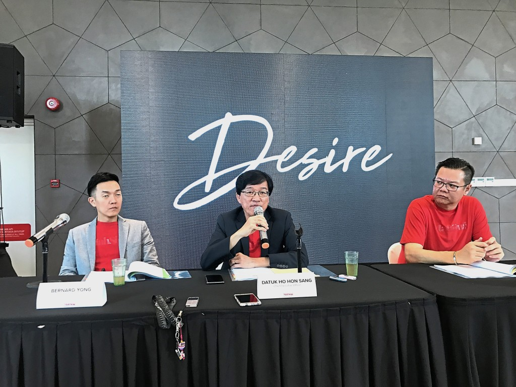 Mah Sing Group Bhd chief executive director Datuk Ho Hon Sang (centre) at the launch of the Desire campaign.