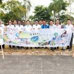 Member and staff of Temokin Developement Sdn Bhd with the mural completed by children of Mahligai and Nusa Damai area.