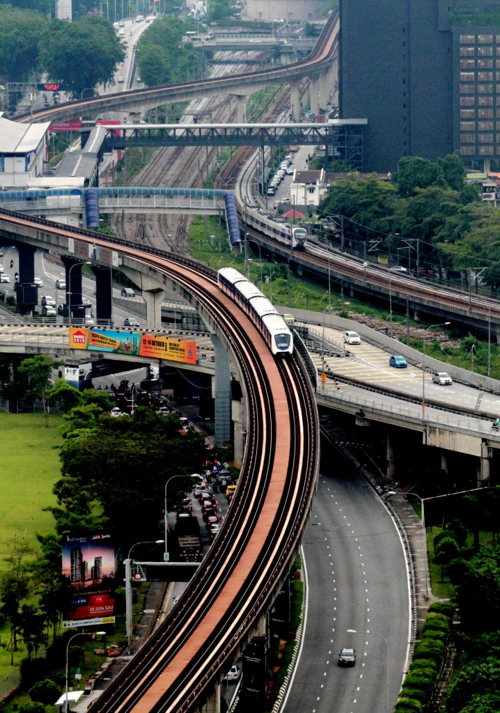 Modern development is moving upward ... Highway and LRT track are building on top of one and another  .. Sam Tham/The Star