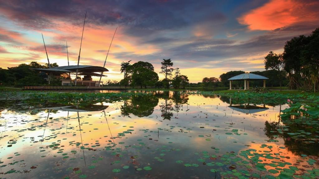 Cyberjaya_Lake_Garden_-_image_credit-_shutterstock