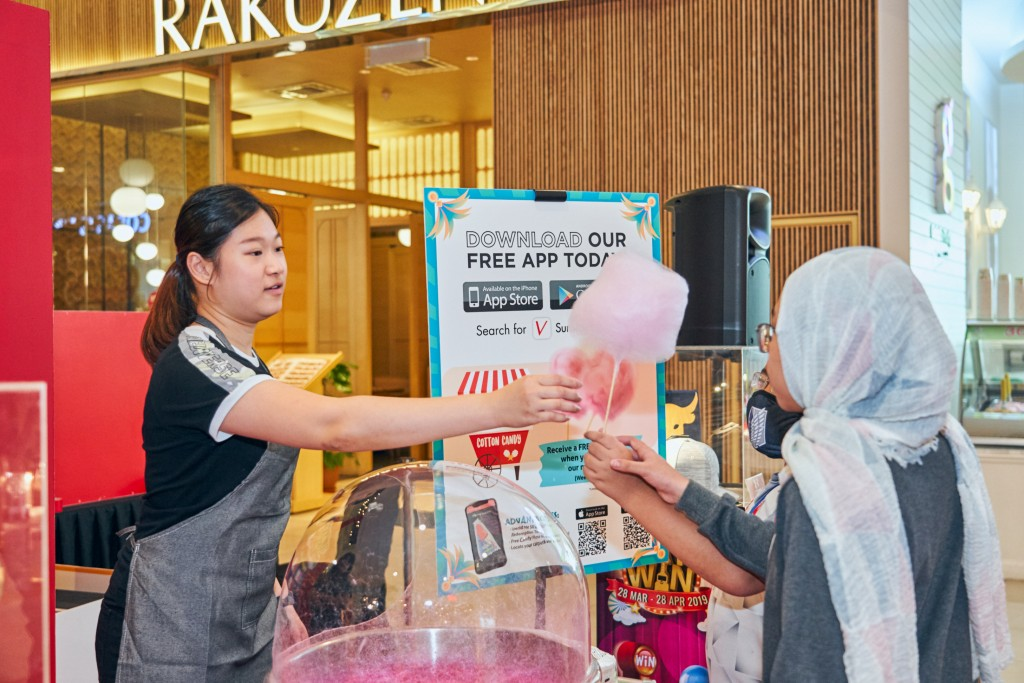 Free cotton candy on weekends for Sunway Velocity Mobile App users