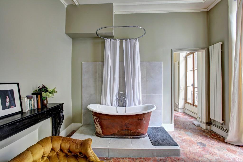 """""""I'll buy it if you can put the bathtub back in the bathroom."""" Photo by yann maignan on Unsplash"""