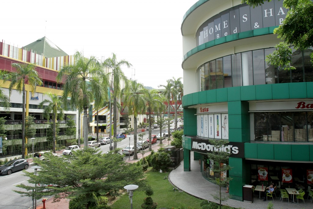 One of the district's longest-operating retail hubs, Cheras Leisure Mall, recently got a facelift and a direct connection to the Sungai Buloh-Kajang MRT route via a station at Taman Mutiara.