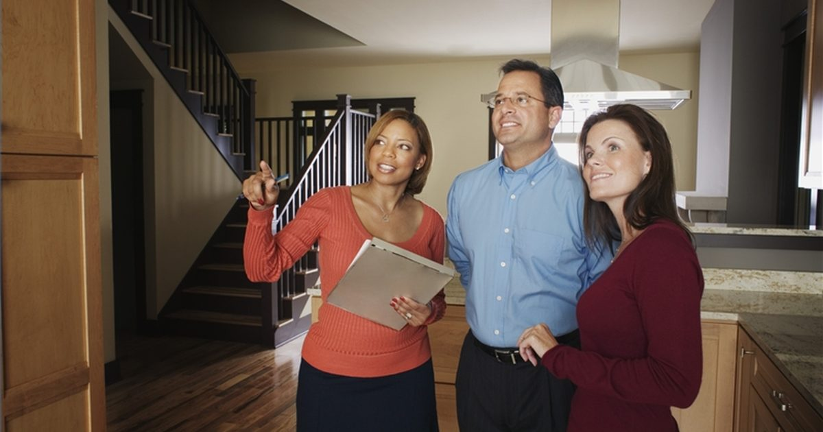 5 basic safety tips for real estate agents