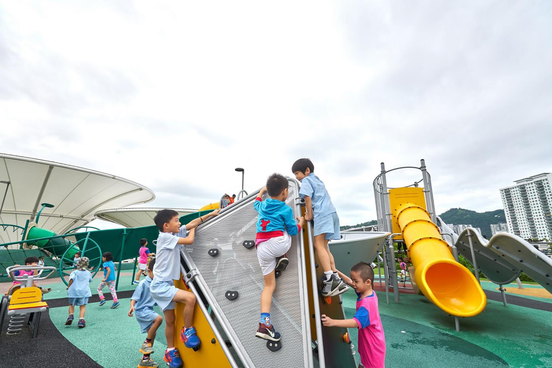 Setia SPICE会议中心有一座天台公园,这里设有大型的特殊需要儿童游戏场。
