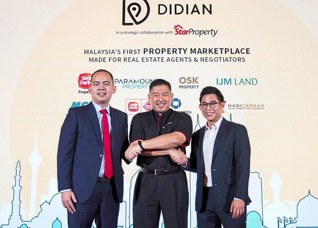 (From left) Chow, Towle and Didian Realtor chief technology officer Brian Wong.
