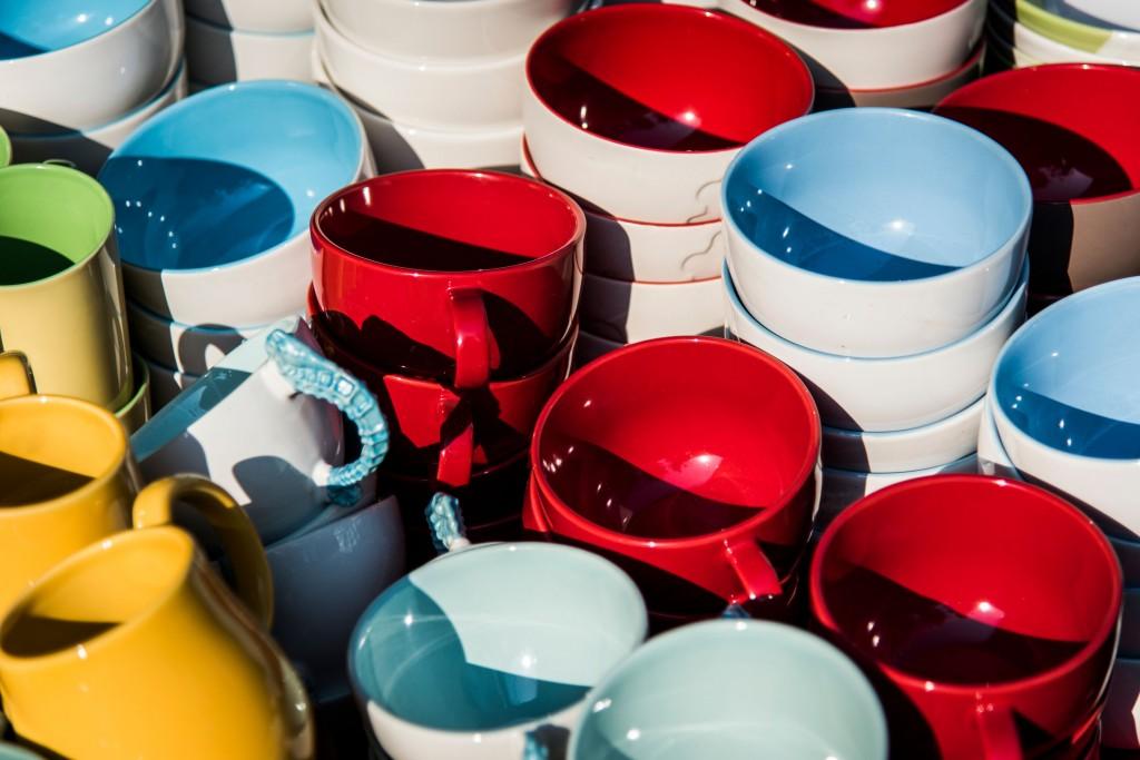 healhtier home coloured dinnerware