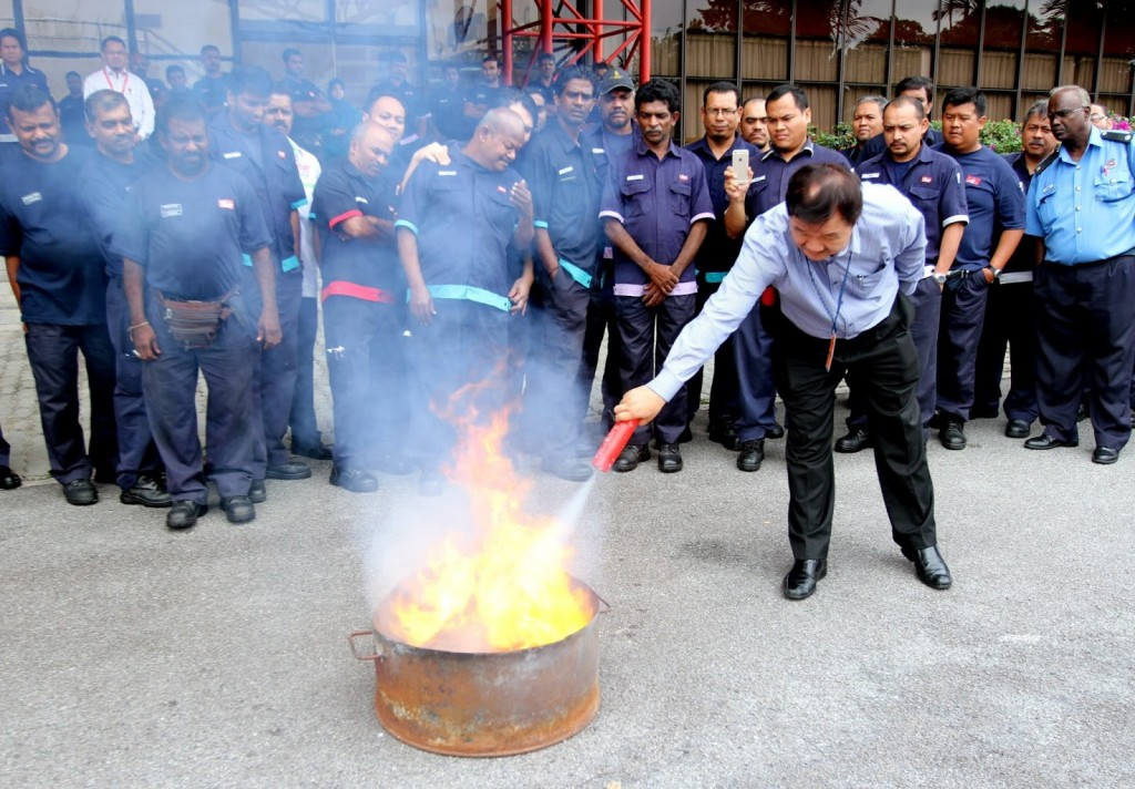 A fire safety demonstration, which features the Nano Particle Portable Fire Eliminator JE-50.