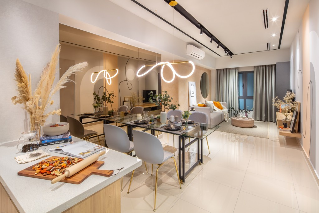 With a starting price of RM530,000, M Centura's furnished units include kitchen cabinet, hood and hob, refrigerator, washer cum dryer and water heater.