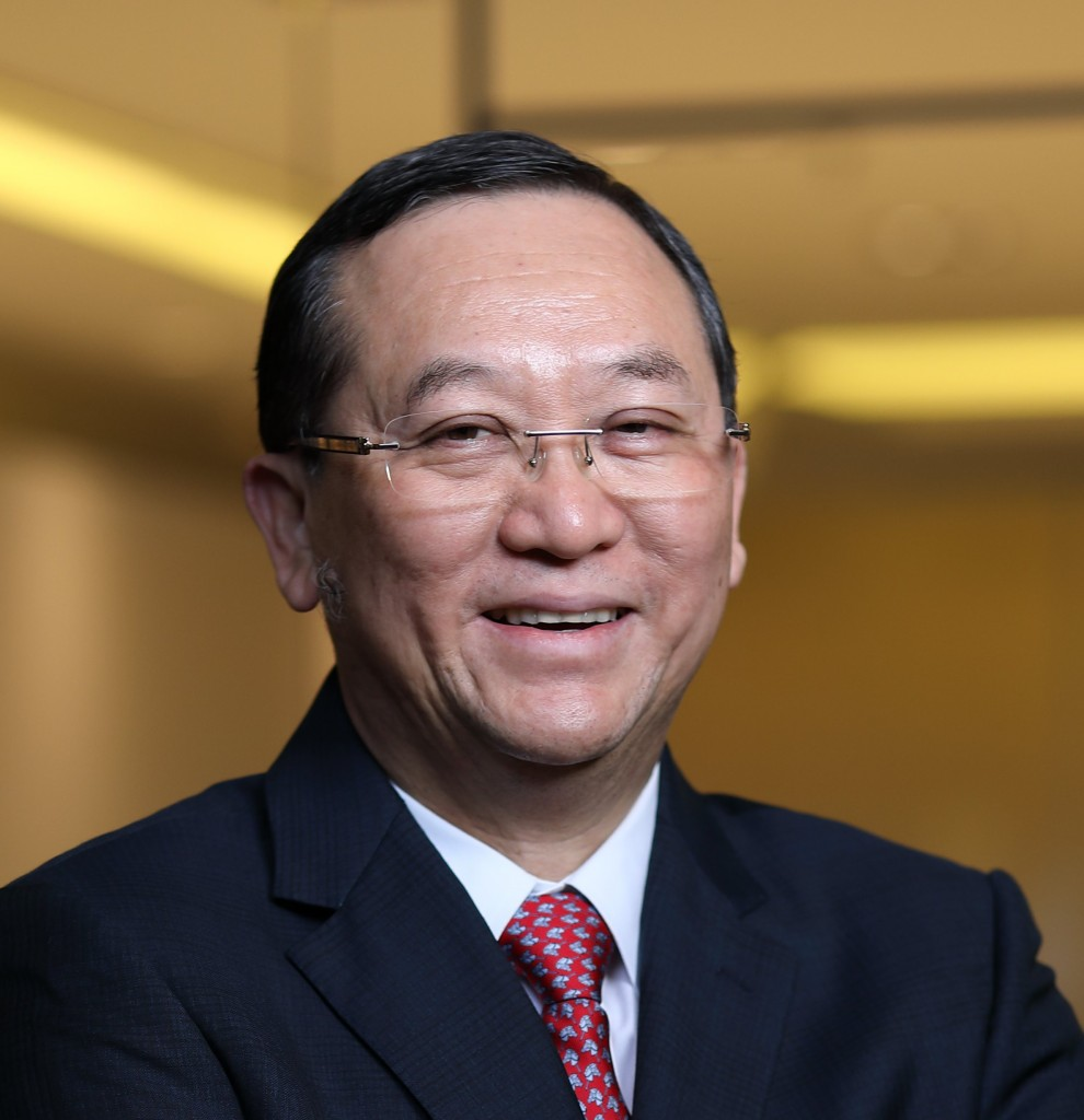 Leong welcomed the government's move to allow eligible EPF members to withdraw as much as RM500 per month.